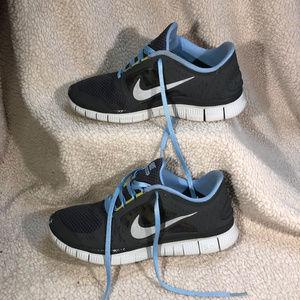 2019-Jul-25 Woman's Nike Free Run 3 Size 8